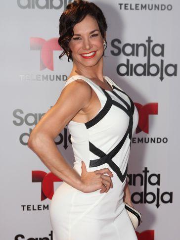 "... hace su gran regreso a la telenovela de Telemundo ""Santa Diabla"