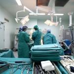 Perú: mujer entró a hospital por cálculos renales y salió sin manos ni pies