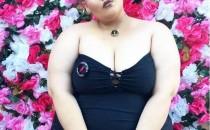 Maquillista latina famosa en Instagram enfrenta cáncer con belleza y estilo
