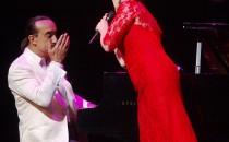 Raúl Di Blasio y Paloma San Bacilio deleitaron a su publico en el Beacon Teatro