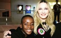 Madonna se muda a Lisboa para que su hijo entrene en academia del Benfica