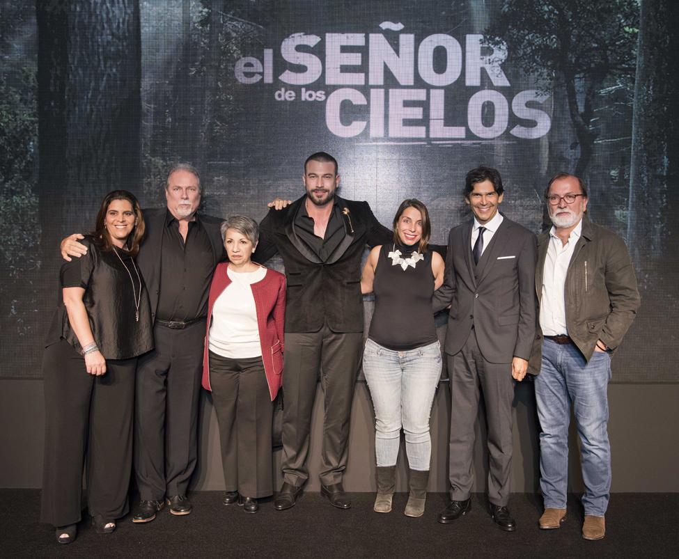 Rafael Amaya y Ejecutivos Telemundo copy